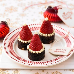 Santa-Hat-Brownies.jpg