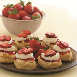 Strawberry-scones-2000.jpg